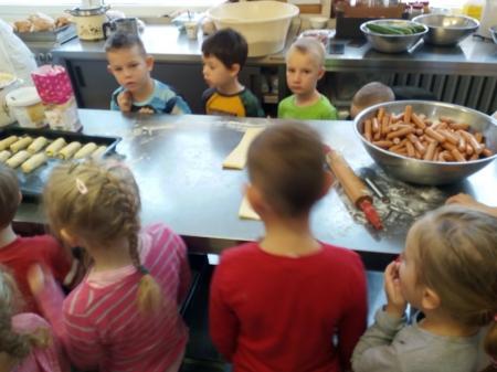 Wizyta Motylków w przedszkolnej kuchni - 24.10.2019